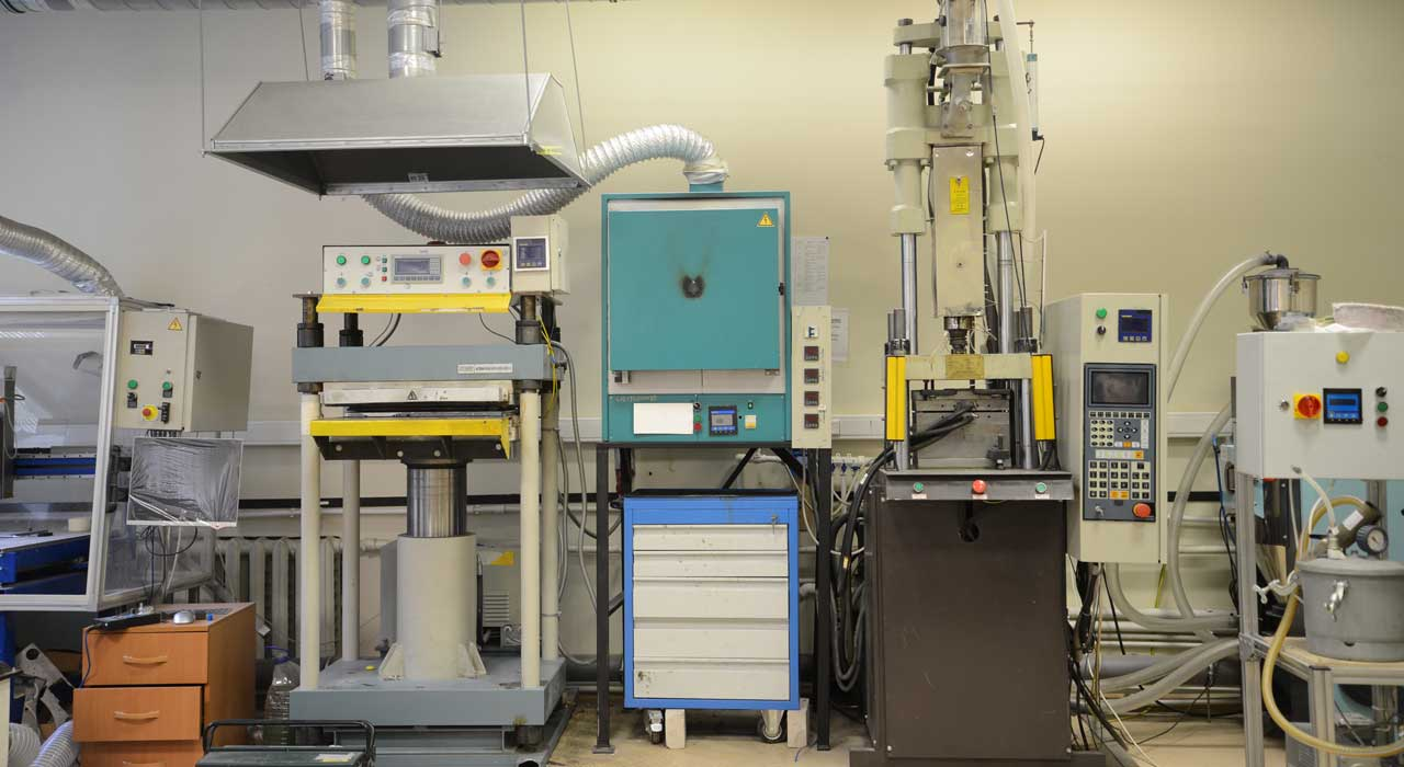 Laboratory for Advanced Materials Heterogeneous Synthesis
